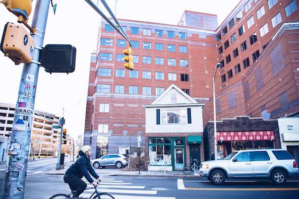 Gentrification triggers 16 percent drop in city crime in Cambridge, Massachusetts