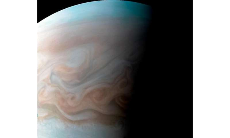 Image: Juno captures Jupiter cloudscape in high resolution