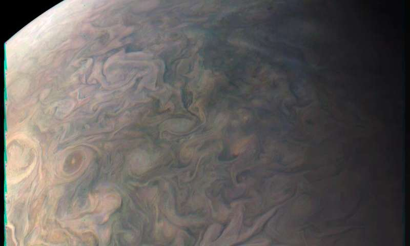 Image: Juno's close look at the Little Red Spot