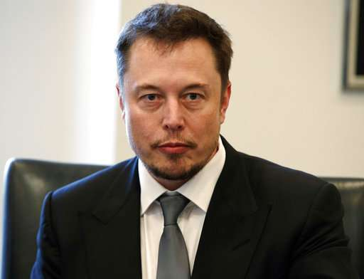 Musk says government likes plan for high-speed tunnels
