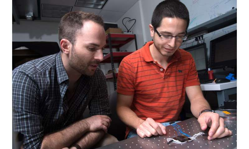 Nano-SPEARs gently measure electrical signals in small animals
