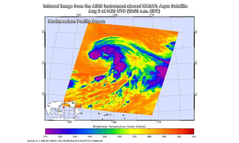 NASA eyes Tropical Storm Nalgae negotiating wind shear