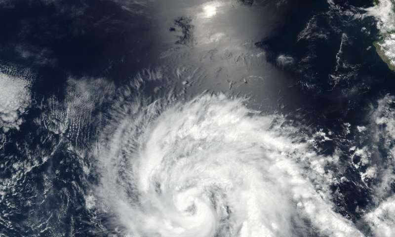 NASA gives eastern Pacific Ocean's Hurricane Eugene 'eye exam'