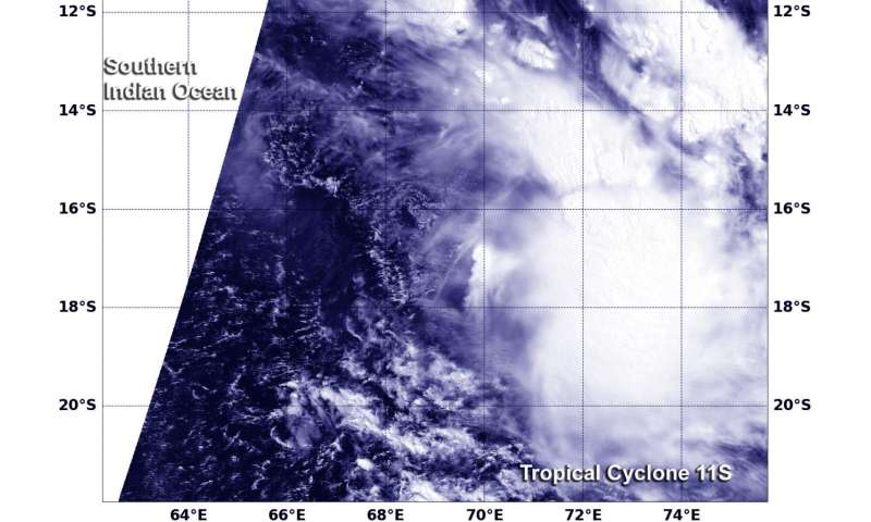 NASA sees wind shear affecting Tropical Cyclone 11S
