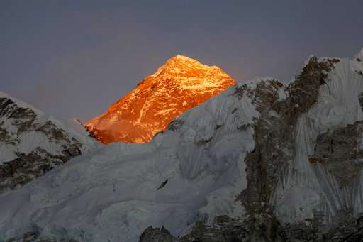 Nepal to strap some Everest climbers with GPS device