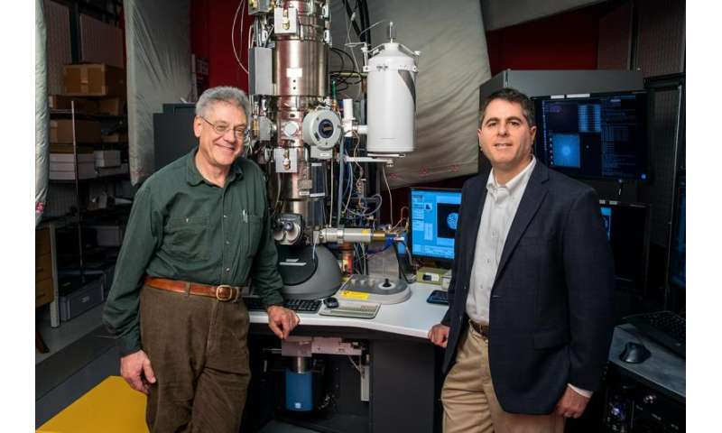 New electron microscope sees more than an image