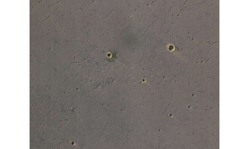 New look at 2004's martian hole-in-one site
