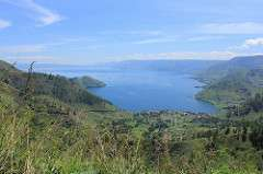 New study documents aftermath of a supereruption, and expands size of Toba magma system