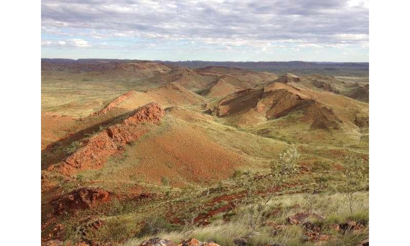 Oldest evidence of life on land found in 3.48-billion-year-old Australian rocks