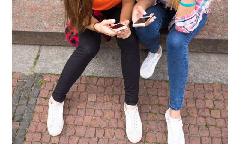 Parents of teenage daughters more likely to divorce, says study