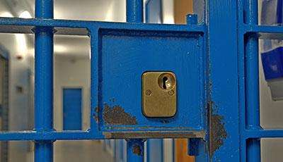 Report examines pretrial detention in new york city