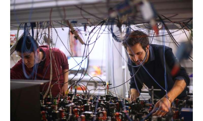 Scientists evade the Heisenberg uncertainty principle