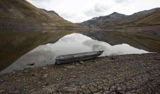 Severe Bolivian drought hurts crops, threatens capital