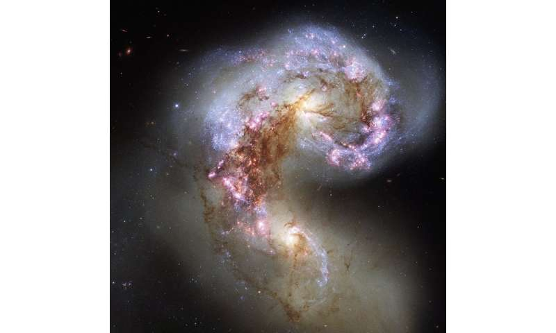 Shocked gas in galaxy collisions