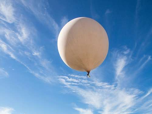 Statistical technique for automatically cleaning erroneous data from weather-balloon observations