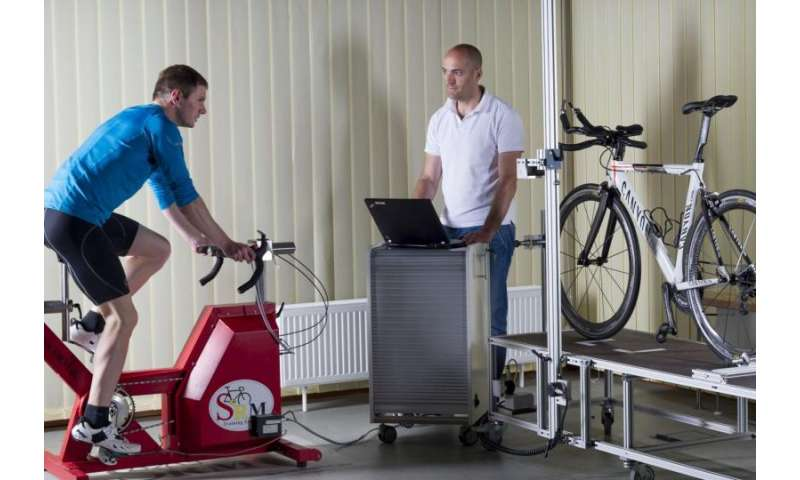 System helps racing cyclists adapt sitting position exactly to physical conditions