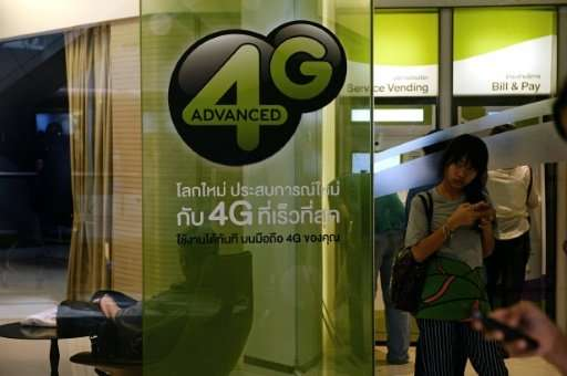 Thais will soon need face scans or fingerpints to buy SIM cards