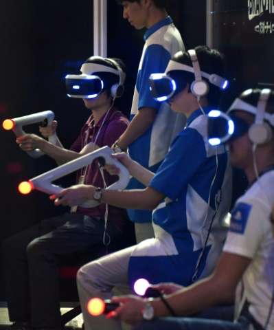 The violent world of online gaming also tends to appeal more to men, gamer Yuko Momochi told AFP.