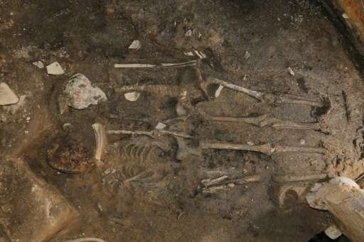 Two skeletons dating from the 5th century were found under the walls of the Wolseong, or Moon Castle, in Gyeongju in South Korea