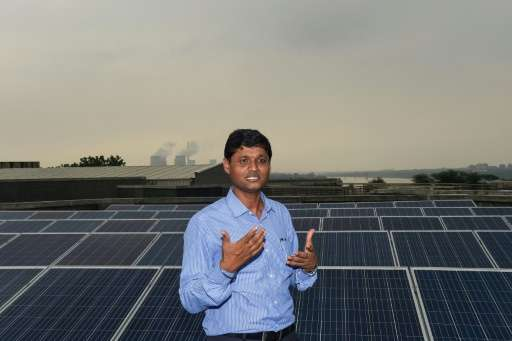US and Indian scientists measured how man-made particles floating in the air and deposited as grime on solar panels combined to