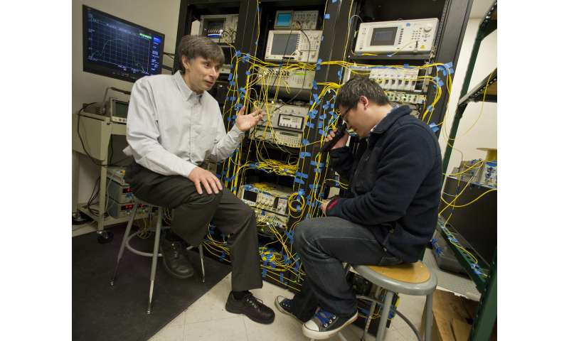 UTA discovery could reduce cost, energy for high-speed Internet connections