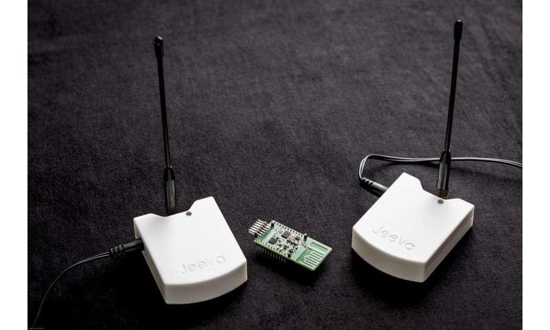 UW shatters long-range communication barrier for near-zero-power devices