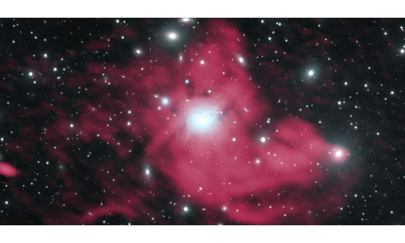 VLA gives new insight into galaxy cluster's spectacular 'mini-halo'