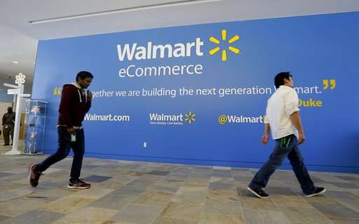 Wal-Mart works to close gap between itself and Amazon
