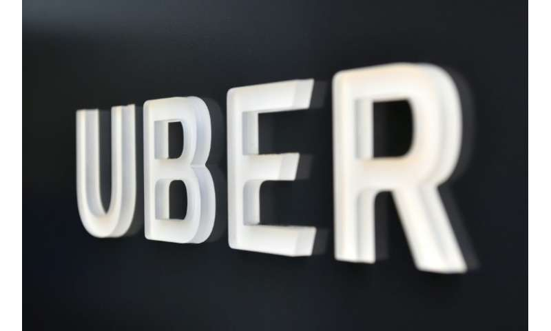 Uber drivers aren't employees, French court rules (Update)