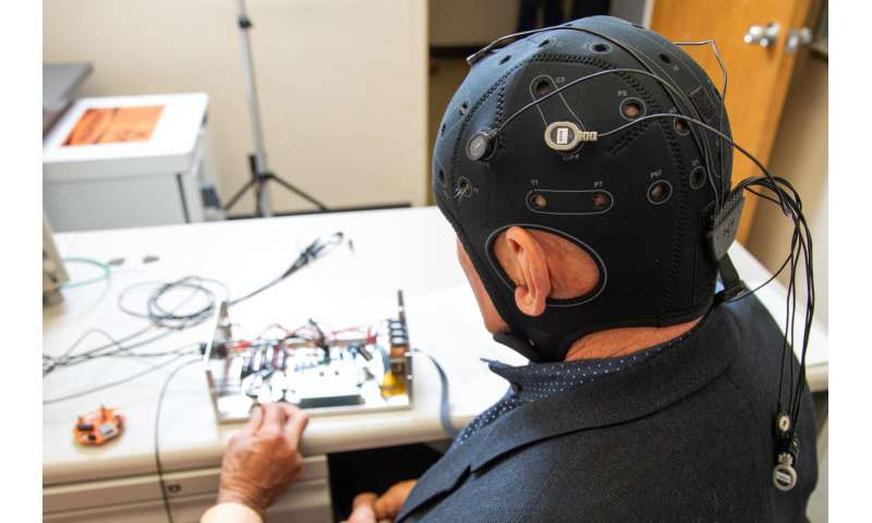 A next-gen EEG could bring back lost brain function