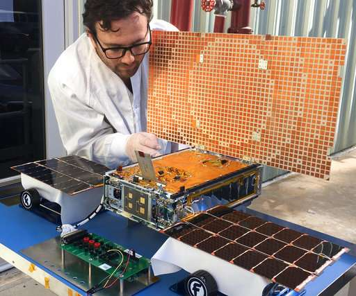 Big test coming up for tiny satellites trailing Mars lander
