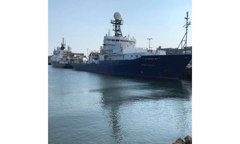 Expedition probes ocean's smallest organisms for climate answers