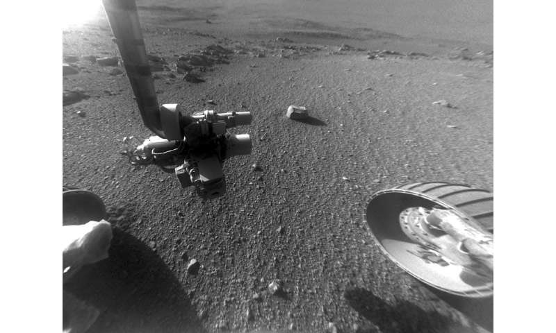 Long-lived Mars rover Opportunity keeps finding surprises