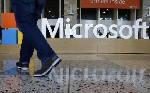Microsoft uncovers more Russian hacking ahead of midterms