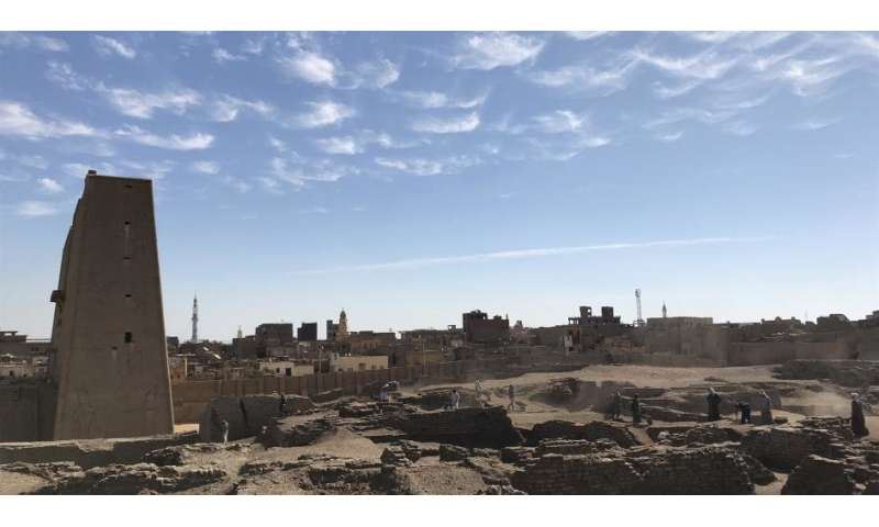 Newly discovered buildings reveal clues to ancient Egyptian dynasties