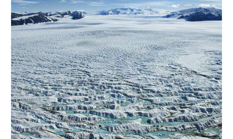 New study puts a figure on sea-level rise following Antarctic ice shelves' collapse