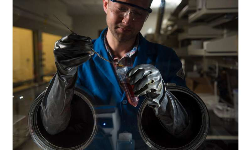 Pharmaceutical material shows promise for better grid-scale batteries