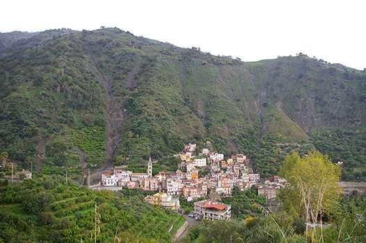 Point patterns help to predict landslides