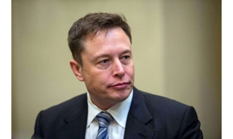 Tesla chief Elon Musk says the pioneering electric vehicle company will remain publicly traded