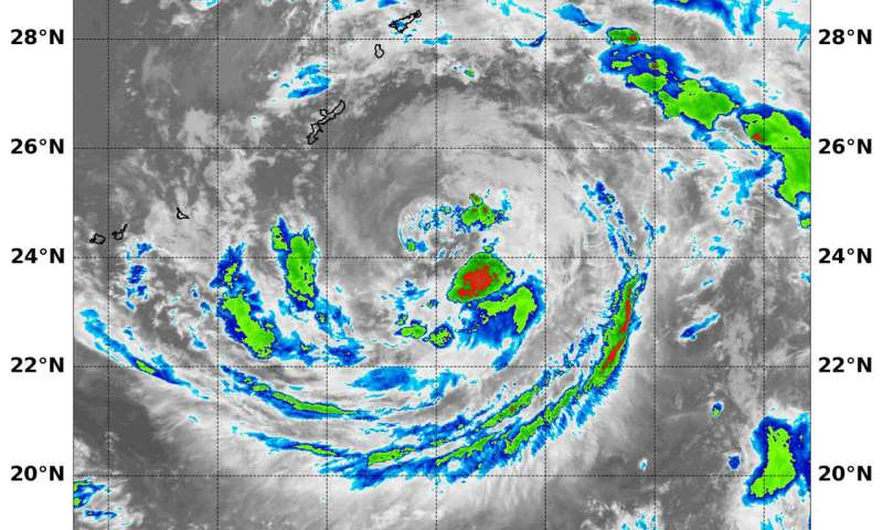 Two NASA satellites confirm Tropical Cyclone Ampil's heaviest rainfall shift