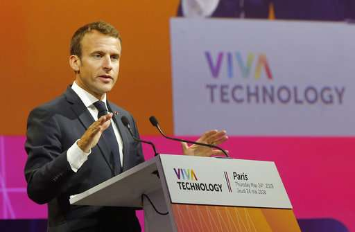 Macron wants to make France gateway to Europe for tech firms