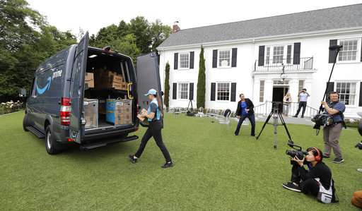 Move over UPS truck: Amazon delivery vans to hit the street
