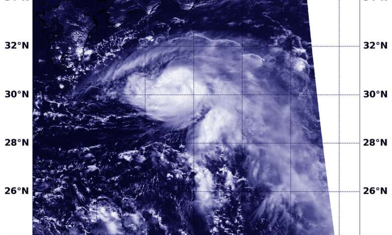 NASA-NOAA's Suomi NPP satellite find Tropical Storm Leepi nearing southern Japan
