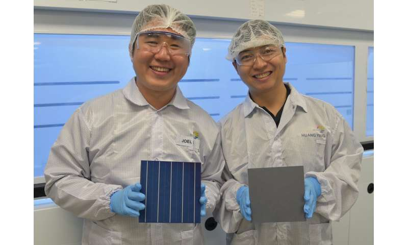 Researchers make breakthrough in light trapping technology for industrial multicrystalline silicon solar cells