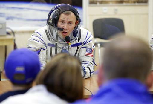 US, Russian astronauts safe after emergency landing (Update)