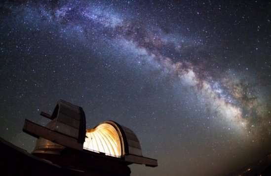 Experimental cosmologists use photonics to search Andromeda for signs of alien life