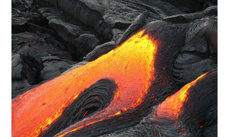 Scientists use 4-D scanning to predict behaviour of volcanoes