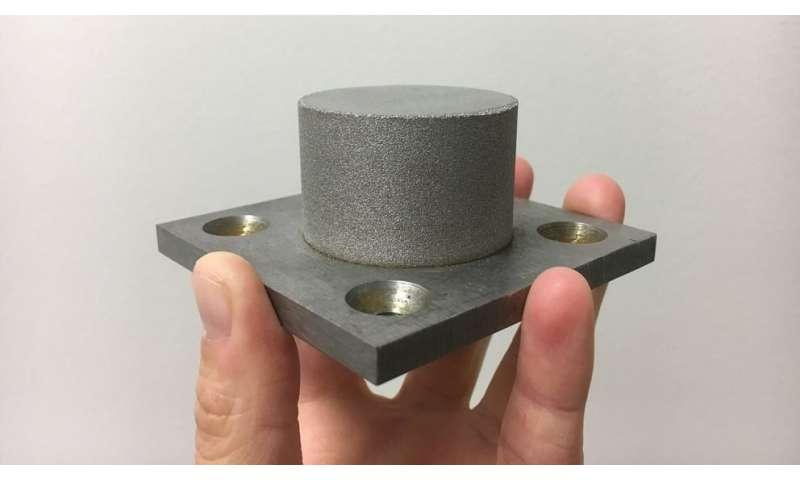 Researchers use 3-D printing to create metallic glass alloys in bulk