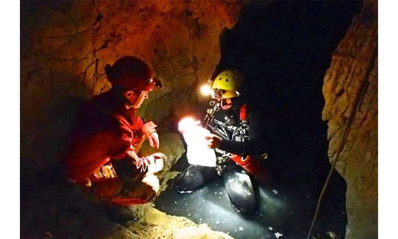 Deep Italian cave provides clues for how to detect life on Mars