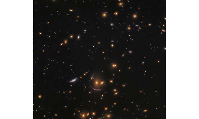 Image: Hubble finds smiling face in a hunt for newborn stars
